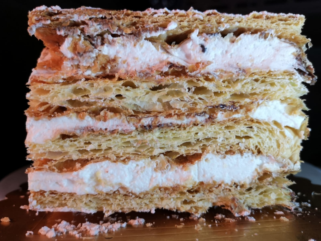 Millefoglie e altre bontà della pasticceria Piemontese da Room 49 Bistrot a Quartu Sant'Elena